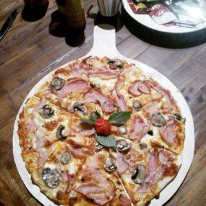 پیتزا فروشی فست فود رامان شیراز